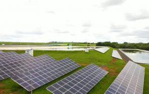 Sabesp inaugura primeira usina de geração de energia solar