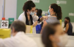 Estado de São Paulo é o que mais vacina contra COVID-19 no Brasil