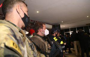 Força-tarefa estadual encerra festa clandestina com 600 pessoas em Osasco