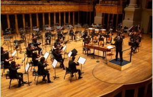 Theatro São Pedro recebe a Orquestra Jovem do Estado