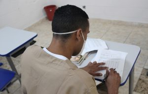 Mais de 2.400 presos de SP são classificados no Enem