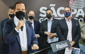 Governo de SP anuncia Bom Prato em Jacareí e novas moradias para Guaratinguetá