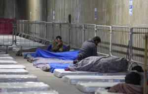 SP abriga 50 pessoas em situação de rua em estação de Metrô