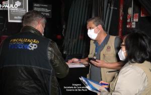 Comitê de Blitze interrompe festa clandestina com 1.500 pessoas em Santo Amaro