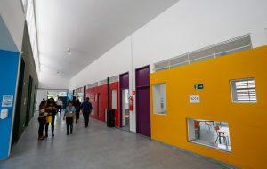 Governo entrega moradias, inaugura Creche Escola e libera recursos no Vale do Paraíba