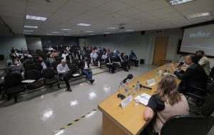 Habitação vai retomar obras paradas do governo federal em 15 municípios de SP