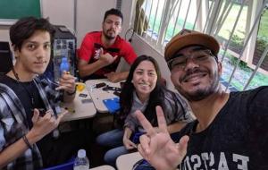 """Estudantes surdos do Centro Paula Souza desafiam a 'barreira do som"""""""